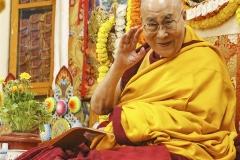 DalaiLamaThroneLR